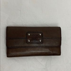 Fossil long live vintage leather lady's wallet.